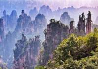 Take a Tour Around Wulingyuan Scenic Area, China
