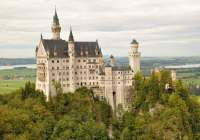 10 of the Most Beautiful Castles in the World