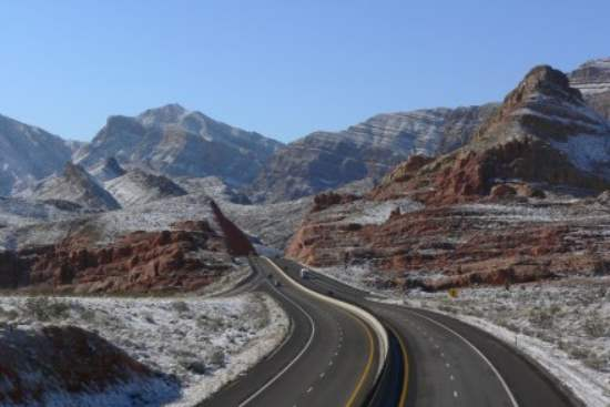 Road Trip along Interstate 15 - Los Angeles to Las Vegas