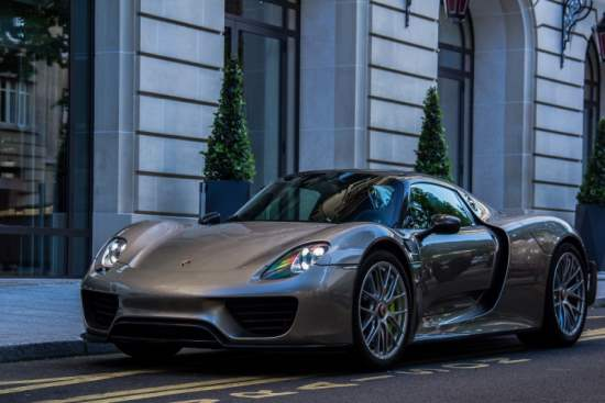 Porsche 918 Spyder : The Highly Awaited Hybrid Supercar
