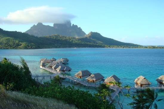 Bora Bora : The Most Beautiful Island in the World