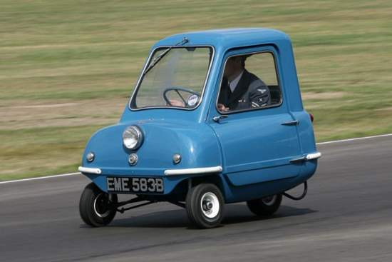 The World's Smallest Car driven by Jeremy Clarkson