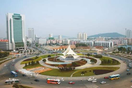 Popular Tourist Attractions in Wuhan, China