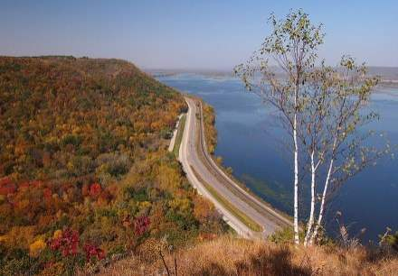 Highway 61 Road Trip : The Great River Road