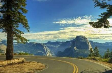 Road Trip through Yosemite National Park, USA